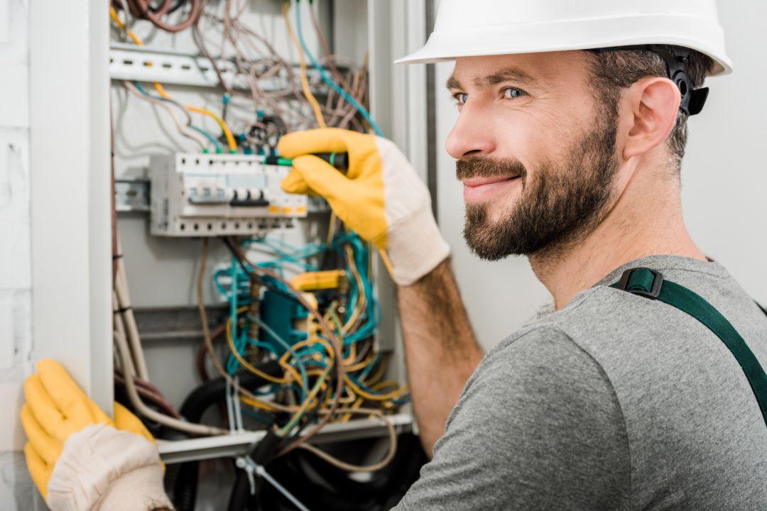 Electrician Bundall
